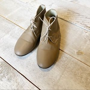 ANNIEL leather desert boots | 8, fit small taupe